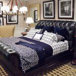 Tak Berlapis Emas, Tempat Tidur Pun Nampak Mewah dengan Bahan Kulit!