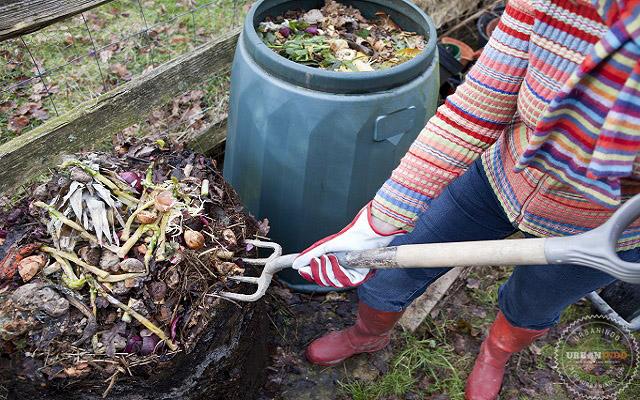 Mudah! Begini Cara Mengolah Sampah Menjadi Pupuk Kompos